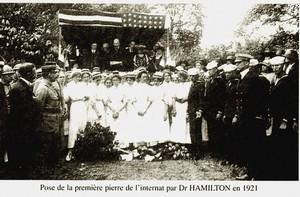 """En 1921, inauguration de la nouvelle école """"FLORENCE NIGHTINGALE""""."""
